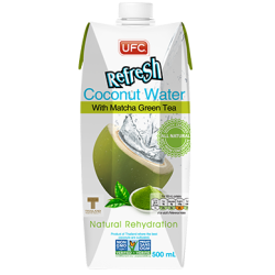 Kokosová voda s čajom matcha